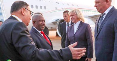الرئيس غزالي عثمان يصل إلى سوتشي للمشاركة في القمة الروسية الأفريقية